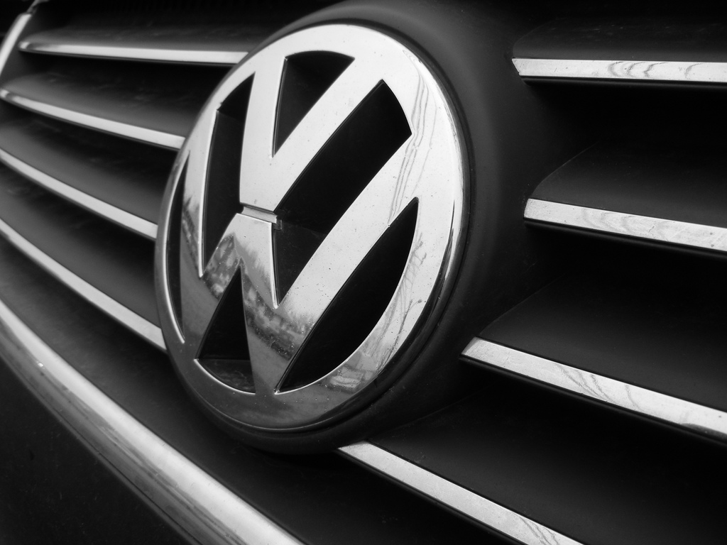 volkswagen logo photo